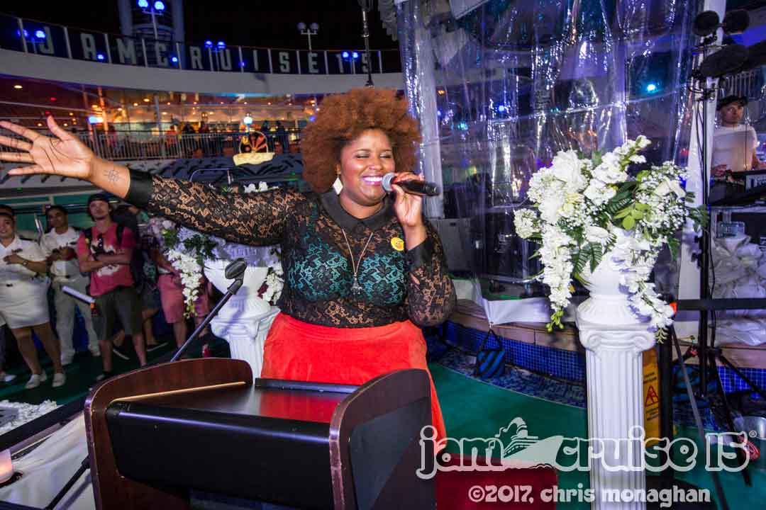 Kam Franklin officiating the Jam Cruise wedding