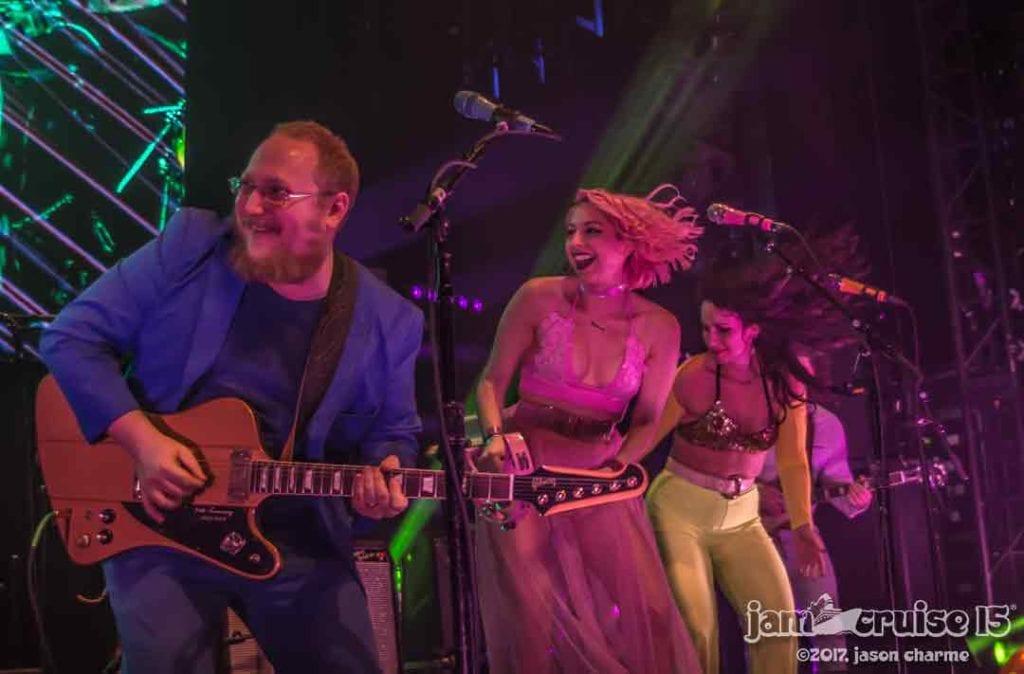 Dave Brandwein & the Turkuaz Ladies