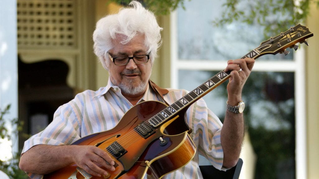 IMG LARRY CORYELL, Influential Fusion Guitarist